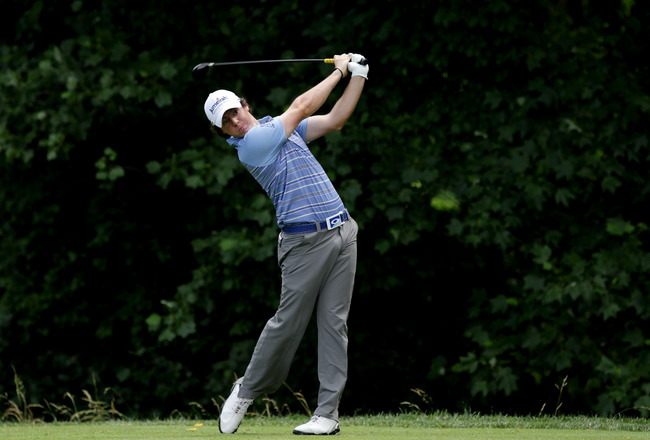 BETHESDA, MD - JUNE 17:  Rory McIlroy of Northern Ireland hits his tee shot on the 14th hole during the second round of the 111th U.S. Open at Congressional Country Club on June 17, 2011 in Bethesda, Maryland.  (Photo by David Cannon/Getty Images)