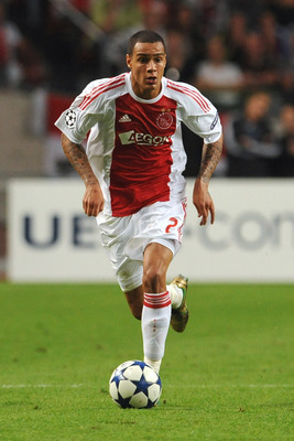 AMSTERDAM, NETHERLANDS - AUGUST 25:  Gregory Van Der Wiel of AFC Ajax in action during the Champions League Play-off match between AFC Ajax and FC Dynamo Kiev at Amsterdam Arena on August 25, 2010 in Amsterdam, Netherlands.  (Photo by Valerio Pennicino/Ge