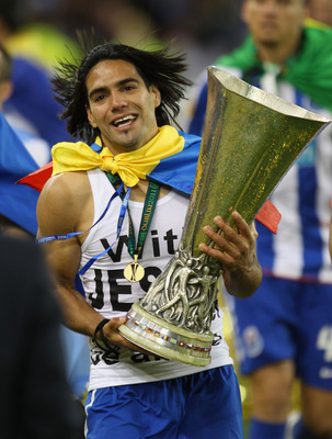 DUBLIN, IRELAND - MAY 18:  Radamel Falcao Garcia of FC Porto celebrates victory during the UEFA Europa League Final between FC Porto and SC Braga at Dublin Arena on May 18, 2011 in Dublin, Ireland.  (Photo by Alex Livesey/Getty Images)