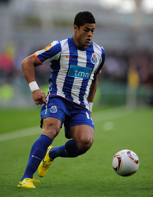 DUBLIN, IRELAND - MAY 18:  Hulk of FC Porto on the ball during the UEFA Europa League Final between FC Porto and SC Braga at Dublin Arena on May 18, 2011 in Dublin, Ireland.  (Photo by Jamie McDonald/Getty Images)