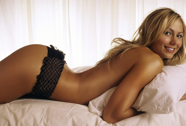 Stacy_keibler_1813_wallpaper_crop_650x440