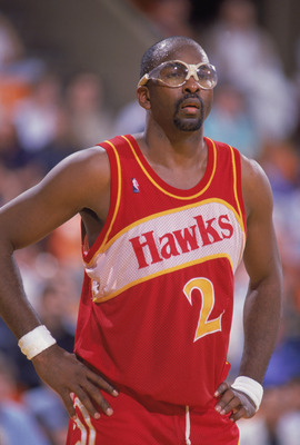 INGLEWOOD, CA - 1988:  Moses Malone #2 of the Atlanta Hawks stands on the court during a NBA game against the Los Angeles Lakers at the Great Western Forum in Inglewood, California in 1988.  (Photo by Mike Powell/Getty Images)