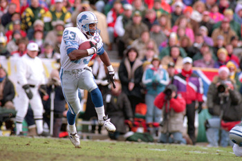 GREEN BAY, WI - DECEMBER 31:  Running Back Mel Gray #23 of Detroit Lions rushes for yards against the Green Bay Packer at Lambeau Field on December 31, 1995 in Green Bay, Wisconsin.  The Packers won 16-12.  (Photo by Todd Rosenberg/Getty Images)