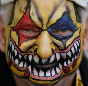 TAMPA, FL - FEBRUARY 01:  Pittsburgh Steelers fan David Neft of Pittsburgh, Pennsylvania poses for a photo outside the stadium prior to Super Bowl XLIII against the Arizona Cardinals on February 1, 2009 at Raymond James Stadium in Tampa, Florida.  (Photo