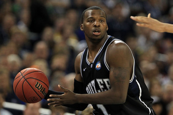 HOUSTON, TX - APRIL 04:  Shelvin Mack #1 of the Butler Bulldogs with the ball while taking on Connecticut Huskies during the National Championship Game of the 2011 NCAA Division I Men's Basketball Tournament at Reliant Stadium on April 4, 2011 in Houston,