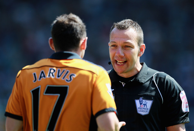 BIRMINGHAM, ENGLAND - MAY 01:  Referee, Kevin Friend speaks to Matt Jarvis of Wolves during the Barclays Premier League match between Birmingham City and Wolverhampton Wanderers at St Andrews on May 1, 2011 in Birmingham, England.  (Photo by Dean Mouhtaro