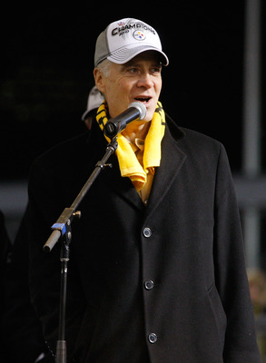 PITTSBURGH - JANUARY 28:  President of the Pittsburgh Steelers Art Rooney II talks to the fans during the Super Bowl XLV Pep Rally on January 28, 2011 at Heinz Field in Pittsburgh, Pennsylvania.  (Photo by Jared Wickerham/Getty Images)