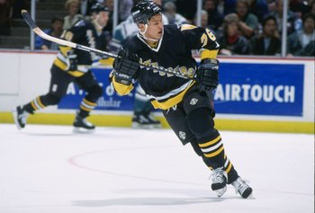 13 Dec 1995:  Center Richard Park of the Pittsburgh Penguins moves down the ice during a game against the Anaheim Mighty Ducks at Arrowhead Pond in Anaheim, California.  The Ducks won the game, 6-3. Mandatory Credit: Glenn Cratty  /Allsport