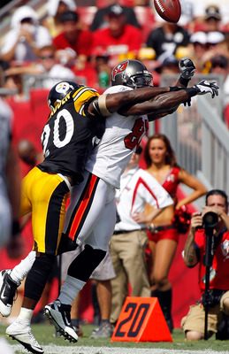 TAMPA, FL - SEPTEMBER 26:  Defensive back Bryant McFadden #20 of the Pittsburgh Steelers deflects a pass intended for Michael Spurlock #81 of the Tampa Bay Buccaneers during the game at Raymond James Stadium on September 26, 2010 in Tampa, Florida. The un