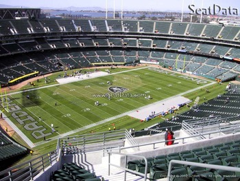 Raidersstadium_display_image
