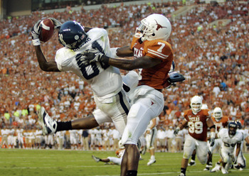 AUSTIN, TX - SEPTEMBER 20:  Cornerback Deon Beasley #7 of the Texas Longhorns gets called for pass interference as wide receiver Jarett Dillard #81 of the Rice Owls drops a pass in the endzone in the second quarter on September 20, 2008 at Darrell K Royal