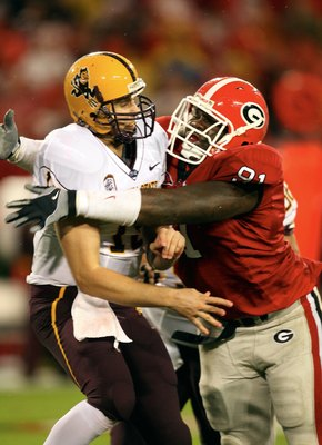ATHENS, GA - SEPTEMBER 26: Kade Weston #91 of the Georgia Bulldogs pressures Danny Sullivan #15 of the Arizona State Sun Devils at Sanford Stadium on September 26, 2009 in Athens, Georgia. (Photo by Scott Cunningham/Getty Images)