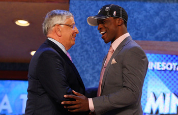 NEW YORK - JUNE 25:  NBA Commissioner David Stern poses for a photograph with the sixth overall draft pick by the Minnesota Timberwolves,  Jonny Flynn during the 2009 NBA Draft at the Wamu Theatre at Madison Square Garden June 25, 2009 in New York City. N
