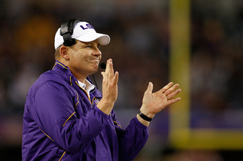 ARLINGTON, TX - JANUARY 07:  Head coach Les Miles of the Louisiana State University Tigers reacts to a field goal during the game against the Texas A&M Aggies during the AT&T Cotton Bowl at Cowboys Stadium on January 7, 2011 in Arlington, Texas.  (Photo b