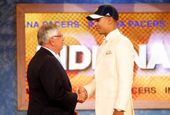 NEW YORK - JUNE 26:  NBA Commissioner David Stern shakes hands with number eleven draft pick for the Indiana Pacers, Jerryd Bayless during the 2008 NBA Draft at the Wamu Theatre at Madison Square Garden June 26, 2008 in New York City. NOTE TO USER: User e