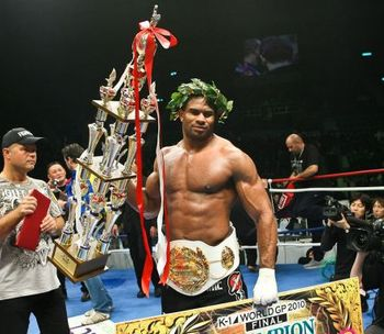Overeem-k1gp2010_display_image