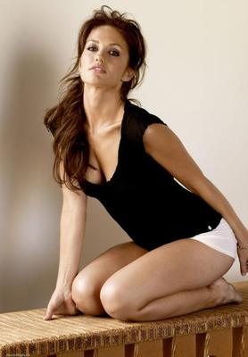 Minka-kelly-hot100-2011-1_display_image