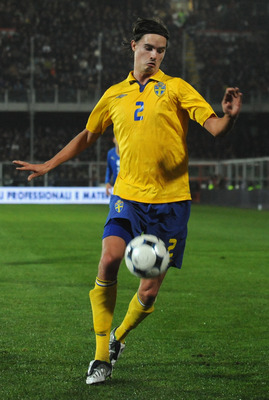 CESENA, ITALY - NOVEMBER 18:  Mikael Lustig of Sweden in action during the international friendly match between Italy and Sweden at Dino Manuzzi Stadium on November 18, 2009 in Cesena, Italy.  (Photo by Valerio Pennicino/Getty Images)