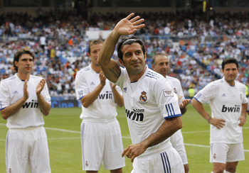 MADRID, SPAIN - JUNE 05: Luis Figo of Real Madrid greets before of the Corazon Classic Match between Allstars Real Madrid and Allstars Bayern Muenchen at Estadio Santiago Bernabeu on June 5, 2011 in Madrid, Spain. (Photo by Angel Martinez/Getty Images)