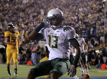 BERKELEY, CA - NOVEMBER 13:  Cliff Harris #13 of the Oregon Ducks celebrates after he returned a punt for a touchdown against the California Golden Bears  at California Memorial Stadium on November 13, 2010 in Berkeley, California.  (Photo by Ezra Shaw/Ge