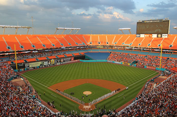 MIAMI GARDENS, FL - APRIL 01:  General view of Sun Life Stadium during opening day between the Florida Marlins and the New York Mets on April 1, 2011 in Miami Gardens, Florida.  (Photo by Mike Ehrmann/Getty Images)
