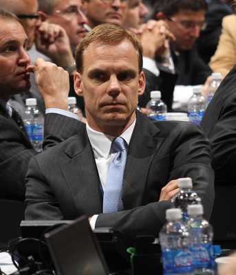 LOS ANGELES, CA - JUNE 25: Scott Howson of the Columbus Blue Jackets works on the draft floor during the 2010 NHL Entry Draft at Staples Center on June 25, 2010 in Los Angeles, California.  (Photo by Bruce Bennett/Getty Images)