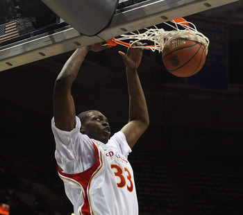 MILWAUKEE - MARCH 26: Michael Dunigan #33 of the West team dunks the ball during the McDonald's All-American High School basketball game on March 26, 2008 at the Bradley Center in Milwaukee, Wisconsin. (Photo by Jonathan Daniel/Getty Images)