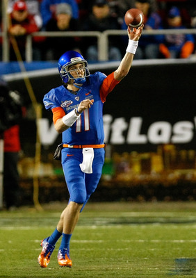 LAS VEGAS, NV - DECEMBER 22:  Quarterback Kellen Moore #11 of the Boise State Broncos throws for yardage against the Utah Utes during the MAACO Bowl Las Vegas at Sam Boyd Stadium December 22, 2010 in Las Vegas, Nevada. Boise State Won 26-3.  (Photo by Eth