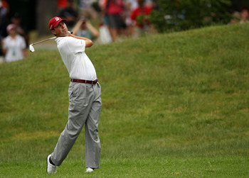 BETHESDA, MD - JUNE 19:  Matt Kuchar hits a shot to the first green during the final round of the 111th U.S. Open at Congressional Country Club on June 19, 2011 in Bethesda, Maryland.  (Photo by Andrew Redington/Getty Images)