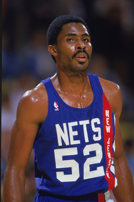1989:  Buck Williams #52 of the New Jersey Nets stands on the court during an NBA game in 1989. NOTE TO USER: User expressly acknowledges and agrees that, by downloading and/or using this Photograph, User is consenting to the terms and conditions of the G