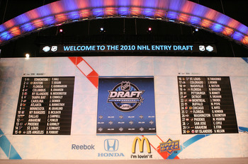 LOS ANGELES, CA - JUNE 25: The draft board following the first round during the 2010 NHL Entry Draft at Staples Center on June 25, 2010 in Los Angeles, California. (Photo by Bruce Bennett/Getty Images)