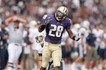 SEATTLE - SEPTEMBER 6:  Quinton Richardson #28 of the Washington Huskies reacts after a play during their game against the BYU Cougars on September 6, 2008 at Husky Stadium in Seattle, Washington. The Cougars defeated the Huskies 28-27. (Photo by Otto Gre