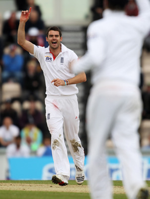 SOUTHAMPTON, ENGLAND - JUNE 20:  James Anderson of England celebrates the wicket of Kumar Sangakkara of Sri Lanka during day five of the 3rd npower Test Match between England and Sri Lanka at the Rose Bowl on June 20, 2011 in Southampton, England.  (Photo