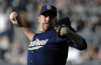 SAN DIEGO, CA - JUNE 4: Aaron Harang #41 of the San Diego Padres pitches during the first inning of a baseball game against the Houston Astros at Petco Park on June 4, 2011 in San Diego, California.  (Photo by Denis Poroy/Getty Images)