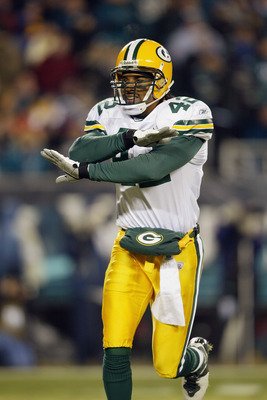 PHILADELPHIA - JANUARY 11:  Safety Darren Sharper #42 of the Green Bay Packers celebrates after making a play on defense during the game against the Philadelphia Eagles in the NFC divisional playoffs on January 11, 2004 at Lincoln Financial Field in Phila