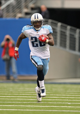 EAST RUTHERFORD, NJ - SEPTEMBER 26:  Chris Johnson #28 of the Tennessee Titans breaks for a long run during a game against the New York Giants at New Meadowlands Stadium on September 26, 2010 in East Rutherford, New Jersey.  (Photo by Mike Ehrmann/Getty I