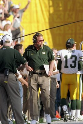 25 Jan 1998:  Coach Mike Holmgren of the Green Bay Packers on the sideline during Super Bowl  XXXII at Qualcomm Stadium in San Diego, California.  The Denver Broncos defeated the Green Bay Packers 31-24. Mandatory Credit: Doug Pensinger  /Allsport
