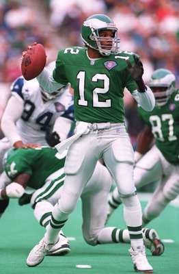 4 DEC 1994:  PHILADELPHIA EAGLES QUARTERBACK RANDALL CUNNINGHAM DROPS BACK TO PASS DURING THE EAGLES 31-19 LOSS TO THE DALLAS COWBOYS AT VETERANS STADIUM IN PHILADELPHIA, PENNSYLVANIA. Mandatory Credit: Simon Bruty/ALLSPORT