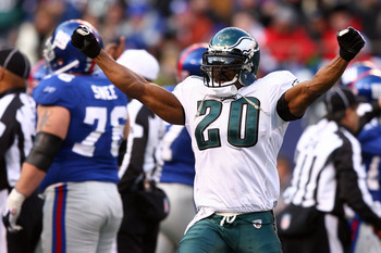 EAST RUTHERFORD, NJ - JANUARY 11:  Brian Dawkins #20 of the Philadelphia Eagles reacts after a play against the New York Giants during the NFC Divisional Playoff Game on January 11, 2009 at Giants Stadium in East Rutherford, New Jersey.  (Photo by Al Bell