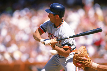 1989:  Fred Lynn #9 of the Detroit Tigers bats during a game in the 1989 season. (Photo by Mike Powell/Getty Images)