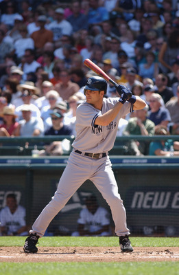 SEATTLE - AUGUST 17:  Third baseman Robin Ventura #19 of the New York Yankees waits for the pitch during the MLB game against the Seattle Mariners on August 17, 2002 at Safeco Field in Seattle, Washington.  The Yankees won 8-3.  (Photo by Otto Greule Jr/G