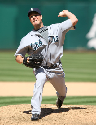 OAKLAND, CA - APRIL 12:  Erik Bedard #45 of the Seattle Mariners pitches against the Oakland Athletics  during a Major League Baseball game on April 12, 2009 at the Oakland Coliseum in Oakland, California.  (Photo by Jed Jacobsohn/Getty Images)