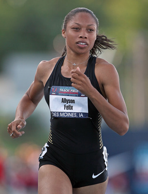 DES MOINES, IA - JUNE 24:  Allyson Felix runs in the 100 meter preliminaries during the 2010 USA Outdoor Track &amp; Field Championships at Drake Stadium on June 24, 2010 in Des Moines, Iowa.  (Photo by Andy Lyons/Getty Images)