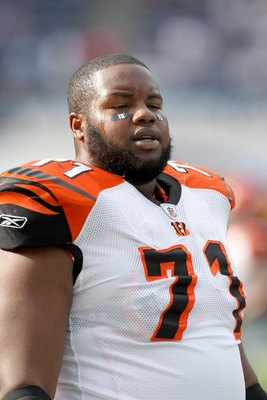 SAN DIEGO - DECEMBER 20:  Tackle Andre Smith #71 of the Cincinnati Bengals on the field in warmups against the San Diego Chargers on December 20, 2009 at Qualcomm Stadium in San Diego, California.  The Chargers won 27-24.  (Photo by Stephen Dunn/Getty Ima