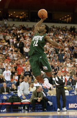 31 Mar 2000:  Mateen Cleaves #12 of Michigan State goes up for a slam dunk during practice for the Final Four at the RCA Dome in Indianapolis, Indiana.  Michigan State will take on Wisconsin Saturday during the National Semifinal round of the NCAA Final F