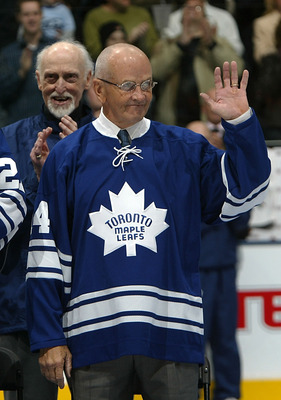 TORONTO - FEBRUARY 17:  Member of the 1967 Toronto Maple Leafs Dave Keon  waves to the crowd  as the '67 Maple Leafs are honored prior to the Edmonton Oilers playing the Toronto Maple Leafs during their NHL game at the Air Canada Centre on February 17, 20