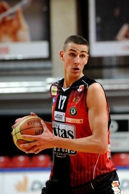 Jonas-valanciunas_display_image
