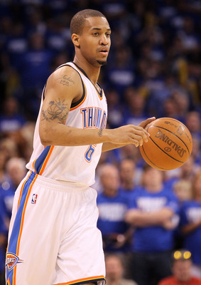 OKLAHOMA CITY, OK - MAY 21:  Eric Maynor #6 of the Oklahoma City Thunder moves the ball while taking on the Dallas Mavericks in Game Three of the Western Conference Finals during the 2011 NBA Playoffs at Oklahoma City Arena on May 21, 2011 in Oklahoma Cit