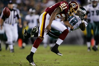 PHILADELPHIA - SEPTEMBER 17:  Reggie Brown #86  of the Philadelphia Eagles is hit by Sean Taylor #21 of the Washington Redskins at Lincoln Financial Field September 17, 2007  in Philadelphia, Pennsylvania.  (Photo by Chris McGrath/Getty Images)