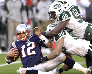 New England Patriots quarterback Tom Brady  against the New York Jets  an NFL wild card playoff game Jan. 7, 2007 in Foxborough.  The Pats won 37 - 16. (Photo by A. Messerschmidt/Getty Images)